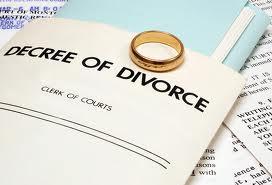 find a divorce lawyer