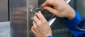 7 common situations when you need locksmith services